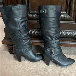 Black heeled boots size 10